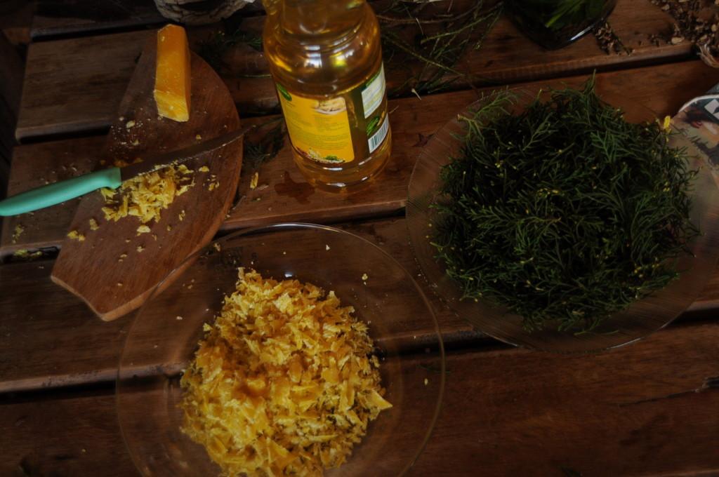 Ingredientes da pomada de eucalipto preparada na oficina.