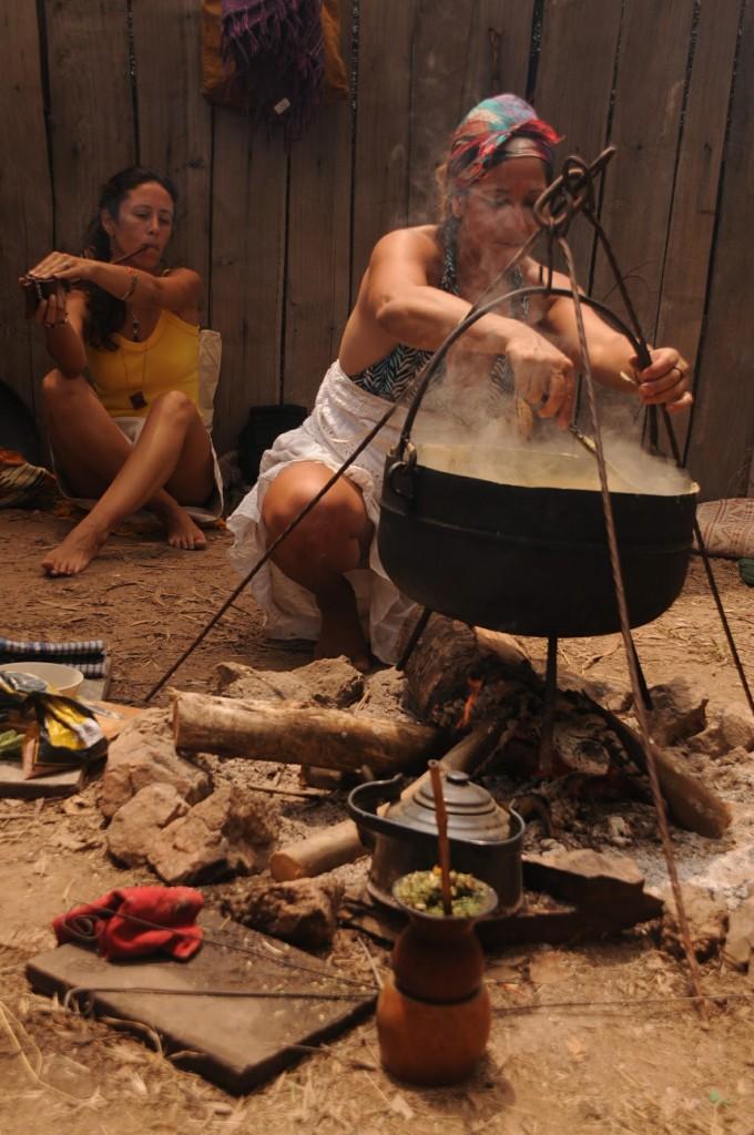 Kamanu e Ywytu no fogo externo.